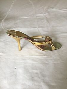 Nine-West-Ladies-Gold-Strappy-Leather-Sandals-Size-4-H91