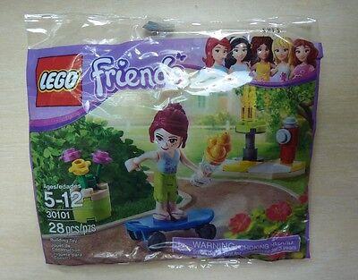 Brand New! LEGO Friends 30101-28pcs - Skateboarder Mia Minifigure