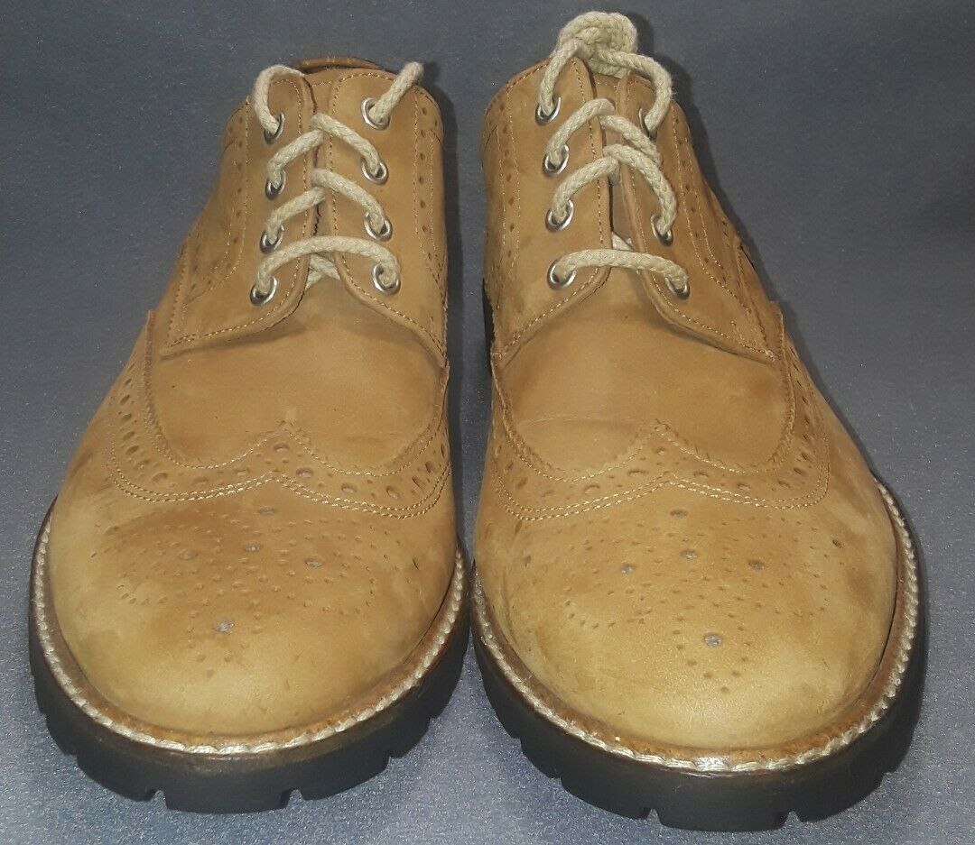 Men's Used Mike Konos Tan Wingtip Suede  Oxford shoes Size 8