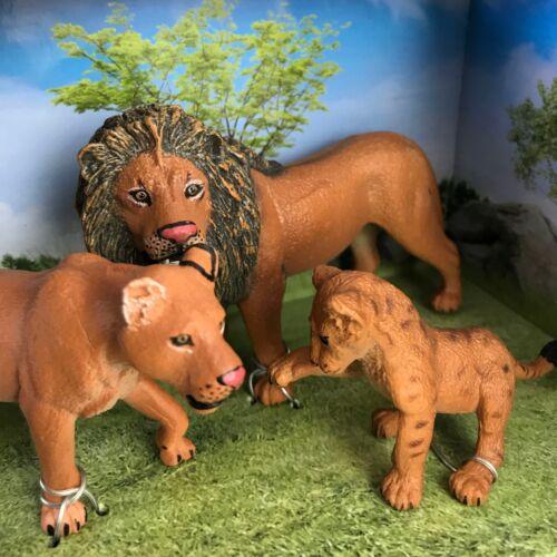 Animal Kingdom Wild Life Three Lion Figure Set Lioness Cub Africa King Safari