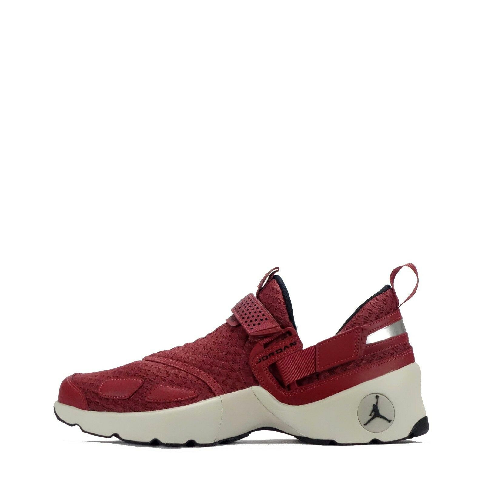 Jordan Trunner LX Casual Low Top Slip on Style Men's Schuhes in Cedar/schwarz