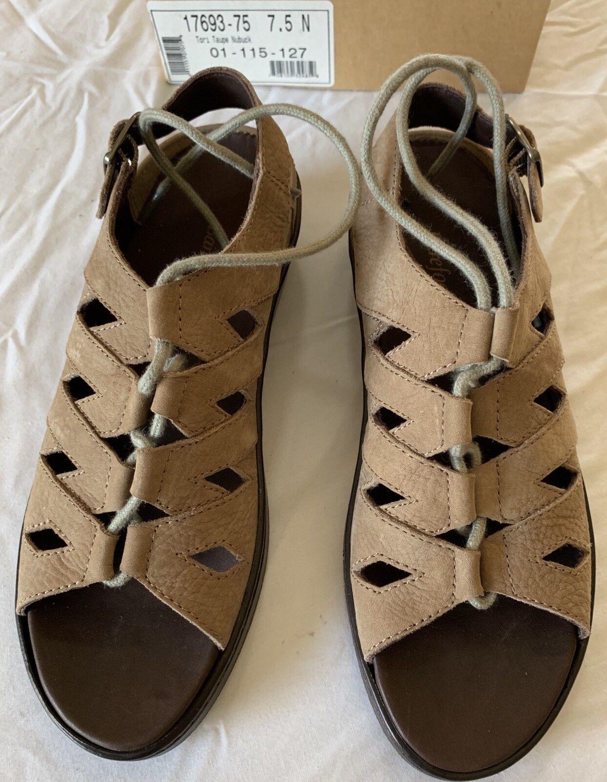 Sandalias para mujer bcasual chatarra Drew Zapato, Tori Tori Tori Marrón Topo Nubuck 7.5 n vuelve libre  para mayoristas