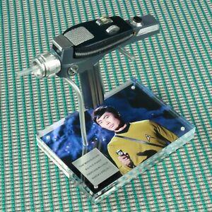 Star-Trek-TOS-P2-Fiberglass-Midgrade-That-Which-Survives-Episode-Sulu-Phaser