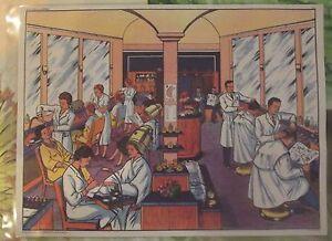 """Ancienne Carte Expo Affiche Scolaire 42 x 30 cm Le Salon de Coiffure en 1950 - France - Commentaires du vendeur : """"affiche scolaire"""" - France"""