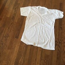 tshirt, us army white usa made,  100% cotton  large, Vneck