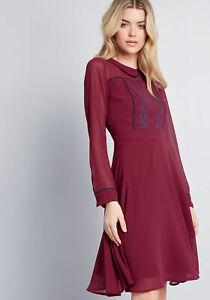 ModCloth-performativo-Bordado-Floral-Con-Cuello-Rojo-Borgona-Vestido-M-Mediano