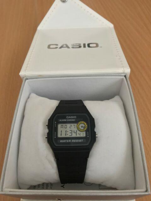 Casio Vintage Men's 32mm F94WA-8D Digital Watch - Black
