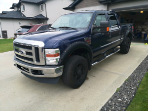 Great low KMs 2009 f-350!!