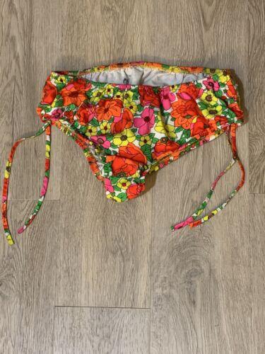 psychedelic 1960's Bikini Bottom