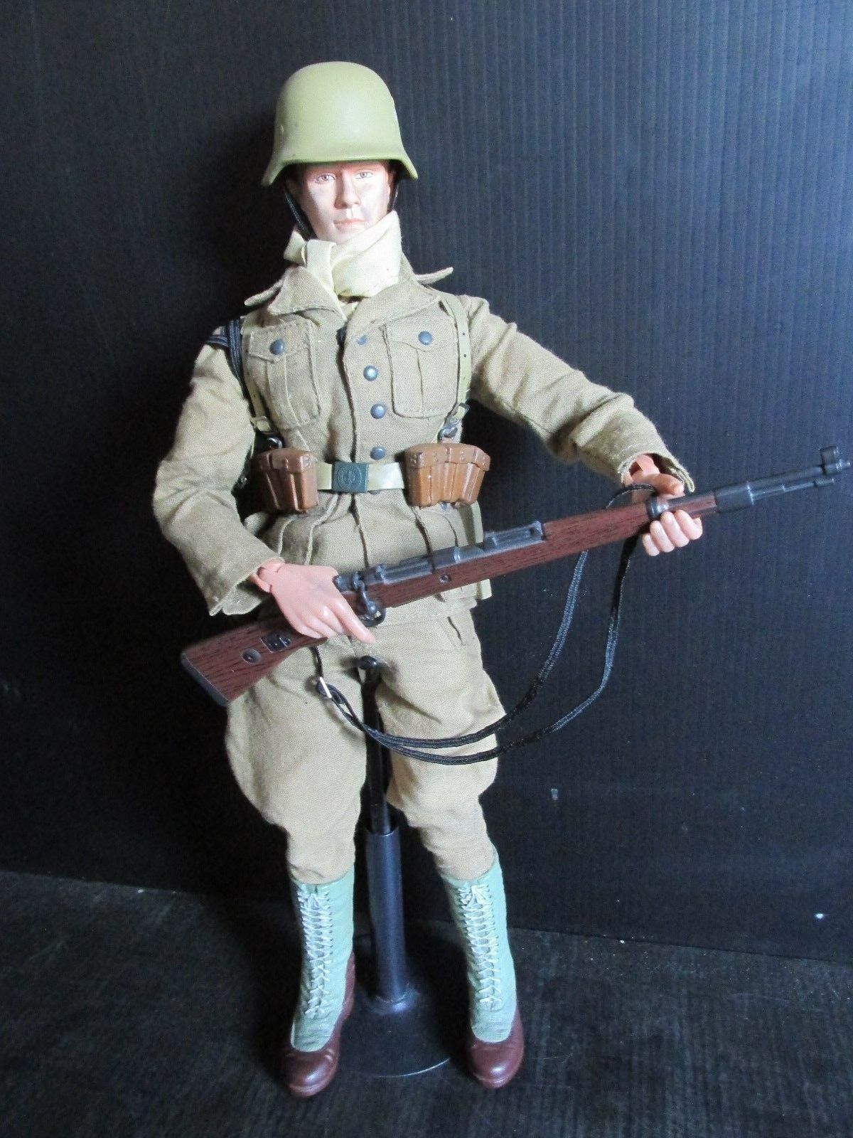 Dragon+ 1 6th scale Action figures WW11 AFRIKA CORPS SOLDIER (9)
