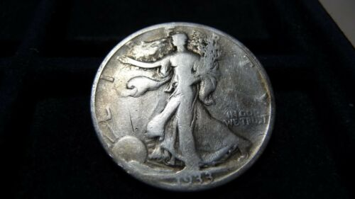 1933-S WALKING LIBERTY SILVER HALF DOLLAR IN VERY GOOD CONDITION C-19-17