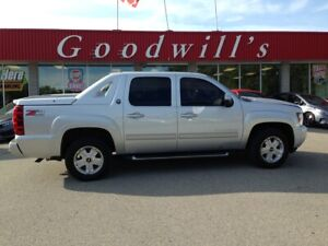 2013 Chevrolet Avalanche LT! HEATED LEATHER! HEATED STEERING WHEEL!