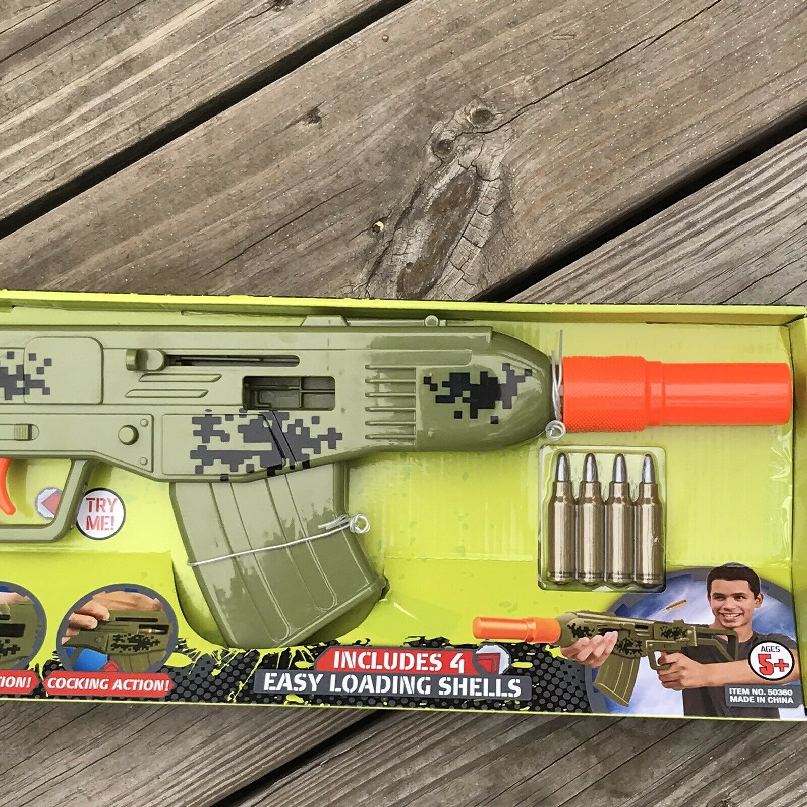 Retro Machine Pistol Green Combat Action Sounds Toy Gun ejecting shells cocking