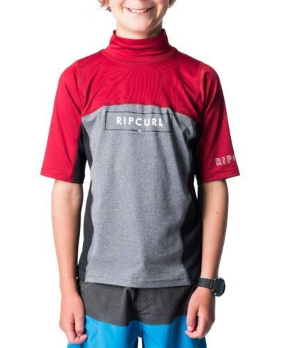 Rip Curl Underline Blade SS Rashvest Boys in Burnt Red