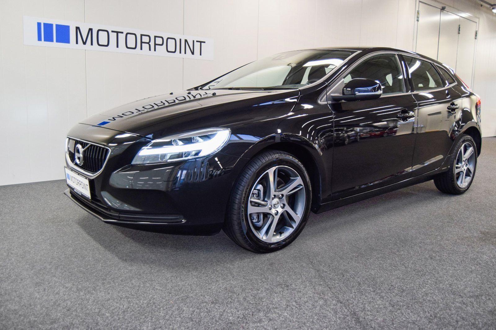 Volvo V40 2,0 D3 150 Momentum 5d - 274.900 kr.