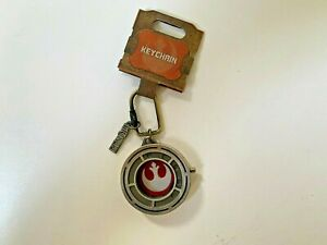 IN-HAND-Star-Wars-Galaxy-s-Edge-Resistance-RED-KEYCHAIN-with-Hidden-symbol-RISE