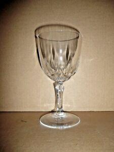 Verre flute a champagne en CRISTAL D/'ARQUES modèle Tuileries QUANTITE AU CHOIX