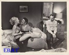 Sally Struthers busty leggy barefoot VINTAGE Photo