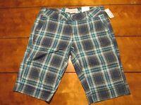 Women's Aeropostale Shorts Color Green/multicolor Size 1/2