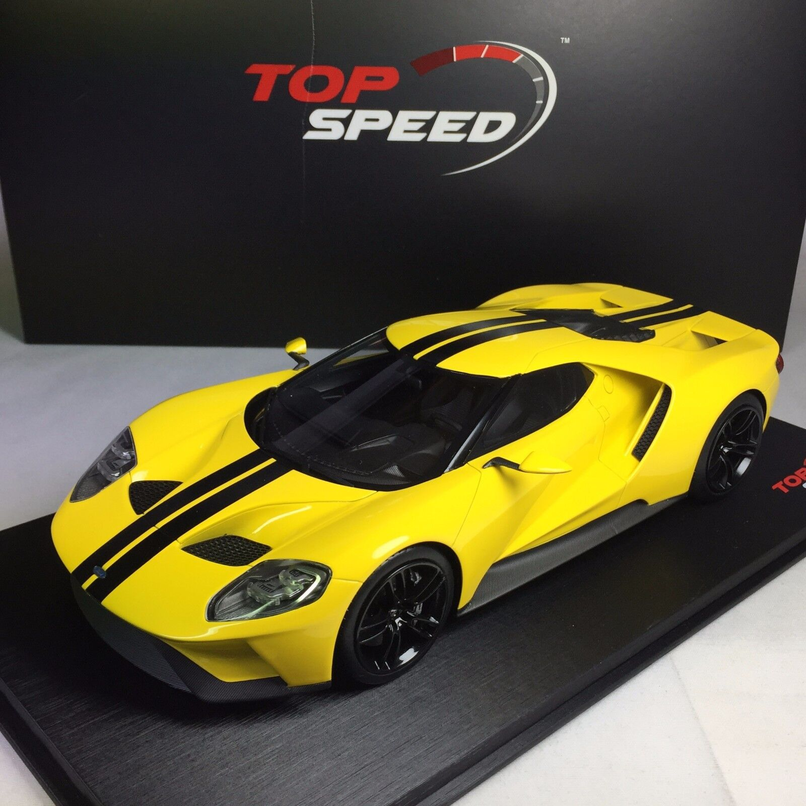 TSM 1 18 velocidad superior  TS0029 Ford GT 2015 Los Angeles Auto Show-giallo Triple