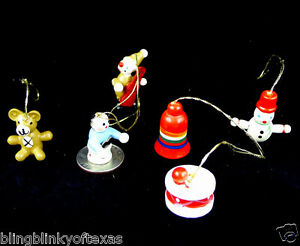 Christmas-Mini-Wooden-Ornaments-Lot-of-6