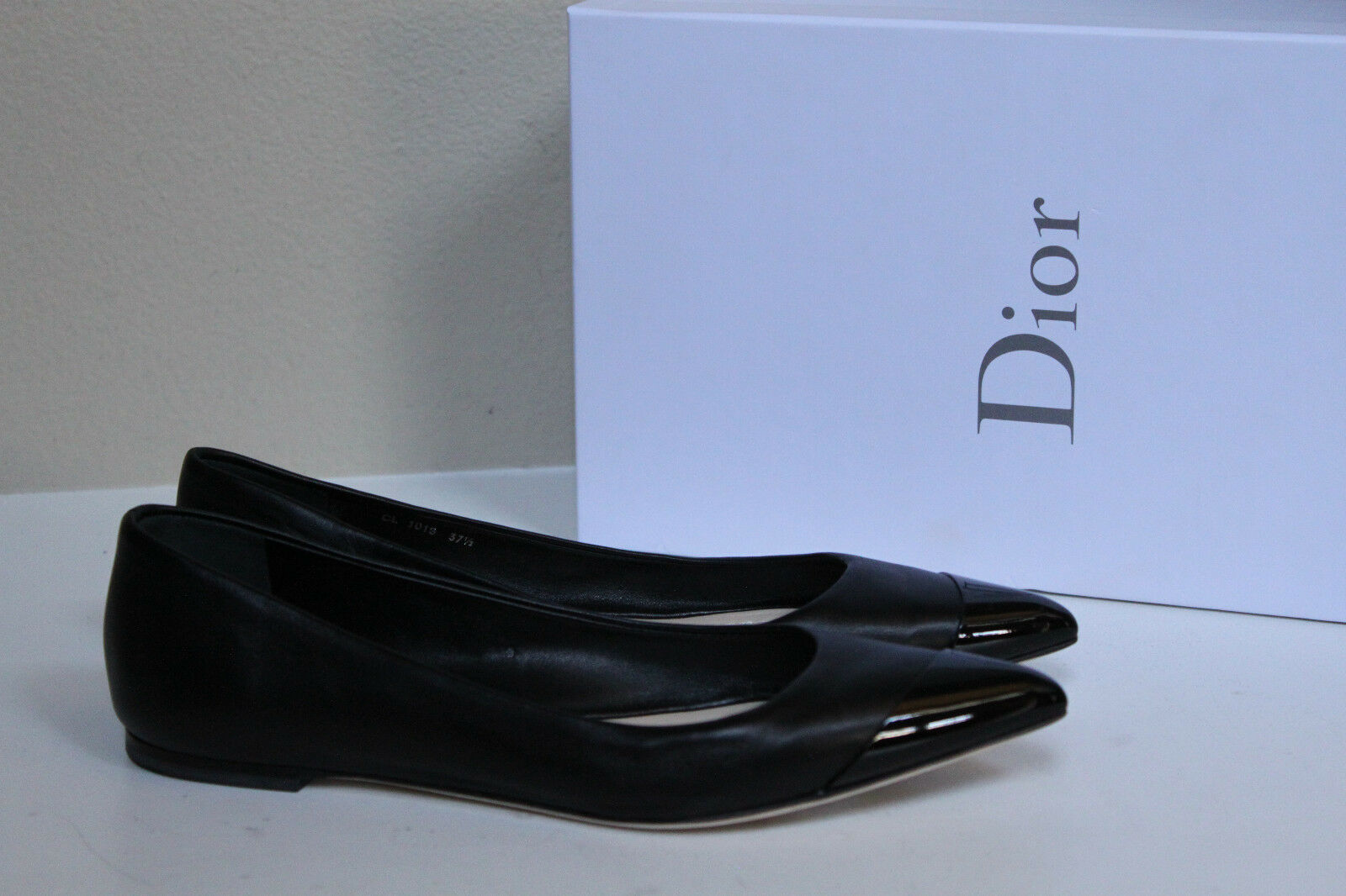 New Christian Dior Black Leather Metal Pointed Toe Toe Toe Ballet Flat shoes sz 7   37.5 f56747