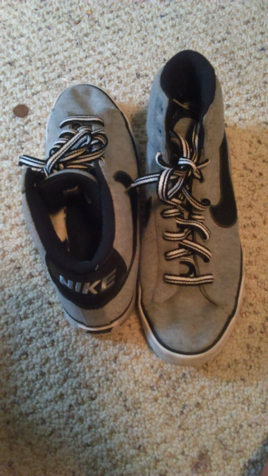 nike grey and black size 10 men good condition Cheap women's shoes women's shoes