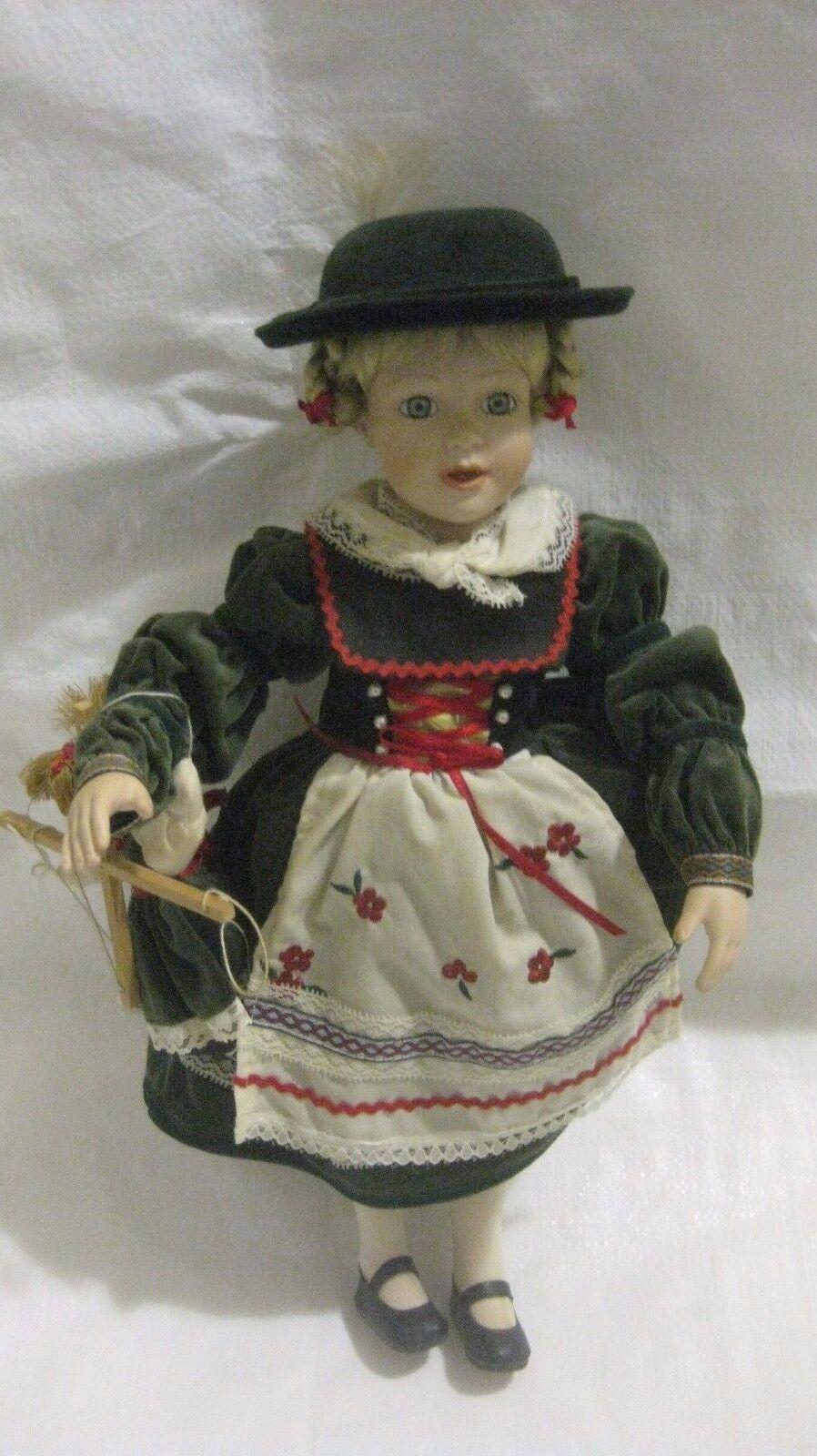 Niños Del Mundo 'Gretchen' Muñeca de Porcelana Colección Exclusivamente By Lenox
