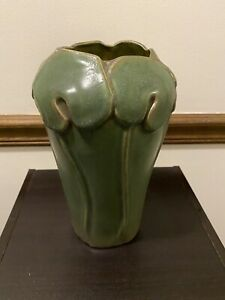 PEWABIC-Detroit-Pottery-Large-Mossy-Olive-Green-Vase-9-5-Lotus-Design