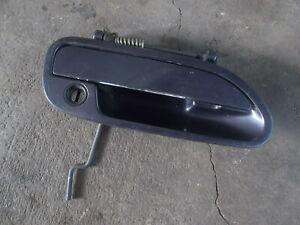 NISSAN-S13-SILVIA-180SX-outer-door-handle-purple-lock-drivers-R-H-side-4