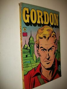 SUPERFUMETTI-IN-FILM-N-12-GORDON-DAN-BARRY-EDITORIALE-CORNO-DICEMBRE-1978