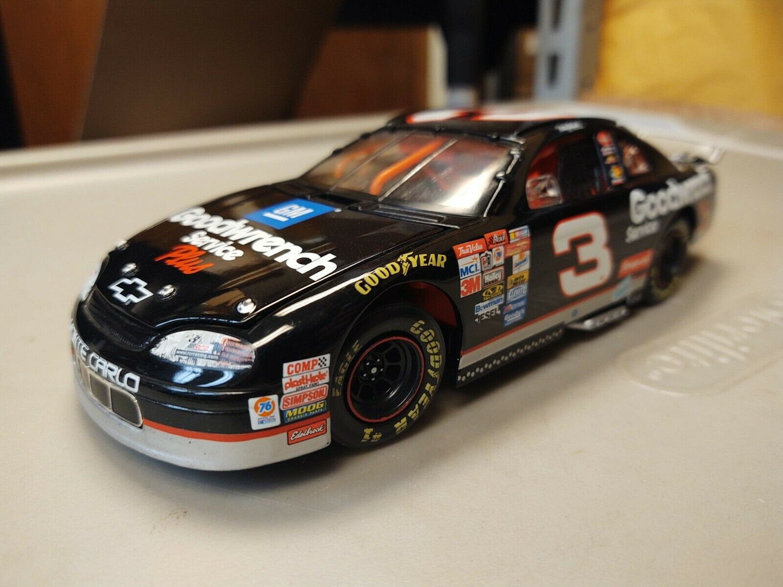 Dale Earnhardt  3 GM Goodwrench Service Plus Diecast Car 1999 Monte Carlo CW