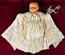 DRESS CHRISTENING. SILK CREPE. HAND EMBROIDERY. MANUAL LACE. SPAIN. XIX