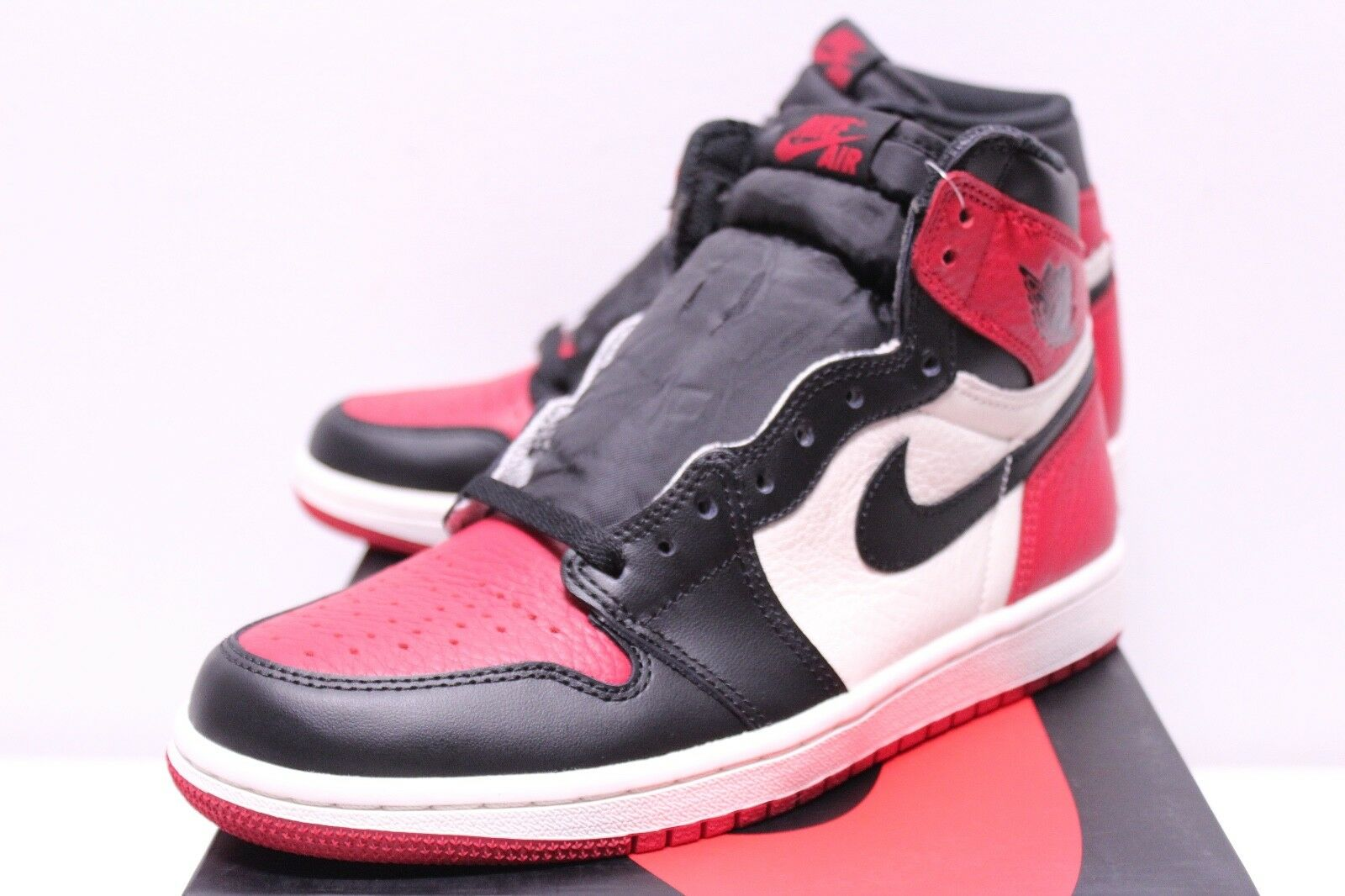 Air Jordan Retro 1 Bred Toe Black Red White Leather Sneakers Men's 7.5-13 New