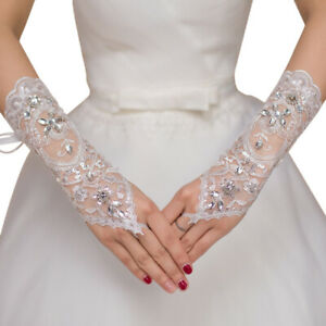 NEW-White-Crystal-Wedding-Bridal-Glove-Accessory-Beaded-Lace-Fingerless-Gloves
