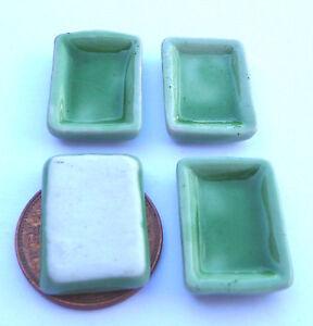 1:12 Scale 4 Oblong Green Ceramic Plates 2cm x 1.3cm Tumdee Dolls House G7