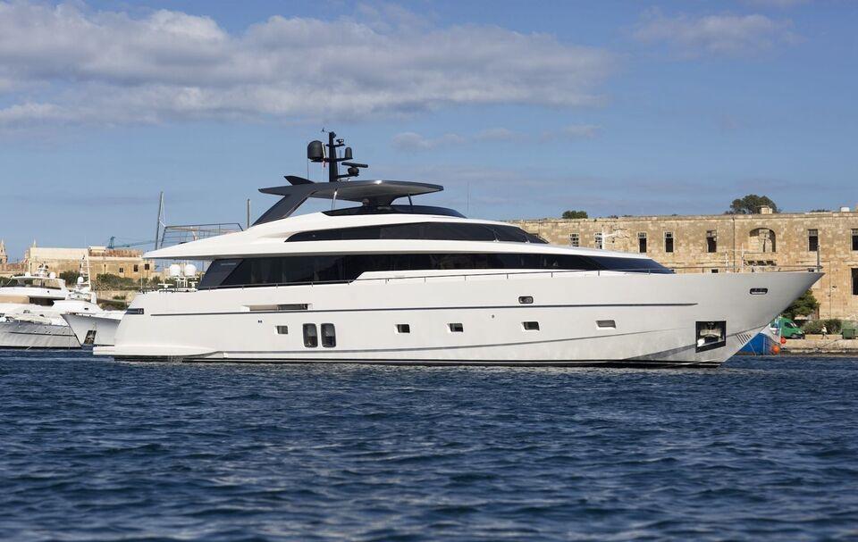 Sanlorenzo SL94, Motorbåd, årg. 2013
