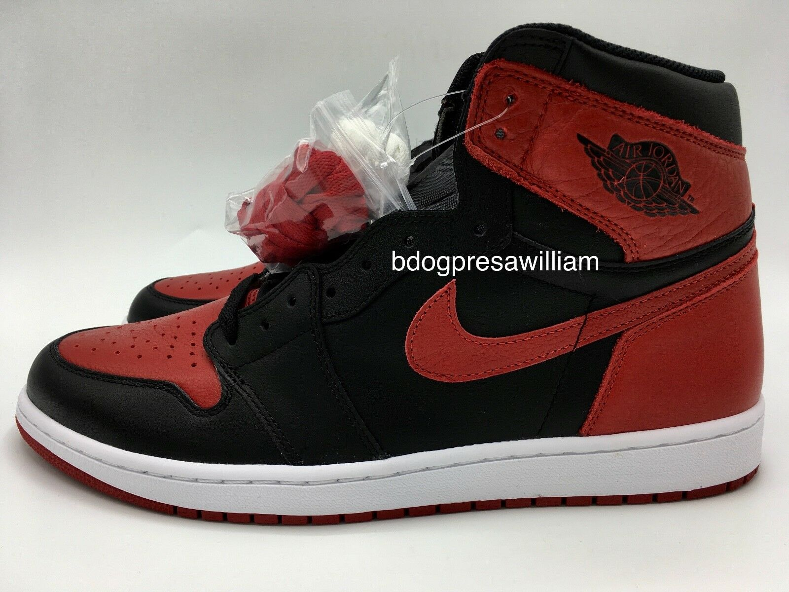 017d3670b440 Nike Air Jordan 1 Retro I High High High OG Banned 2016 Bred 1 Size Men s