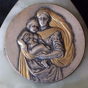 ancien-benitier-la-vierge-et-l-enfant-en-bronze-argente-et-onix-ou-marbre