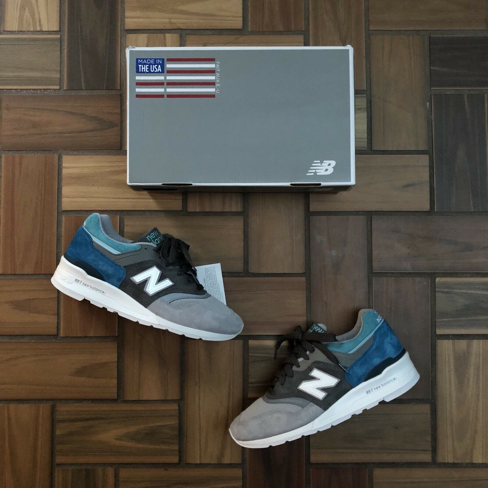New Balance 997 Made In USA / White Grey Blue Teal Color Spectrum / Men's 11