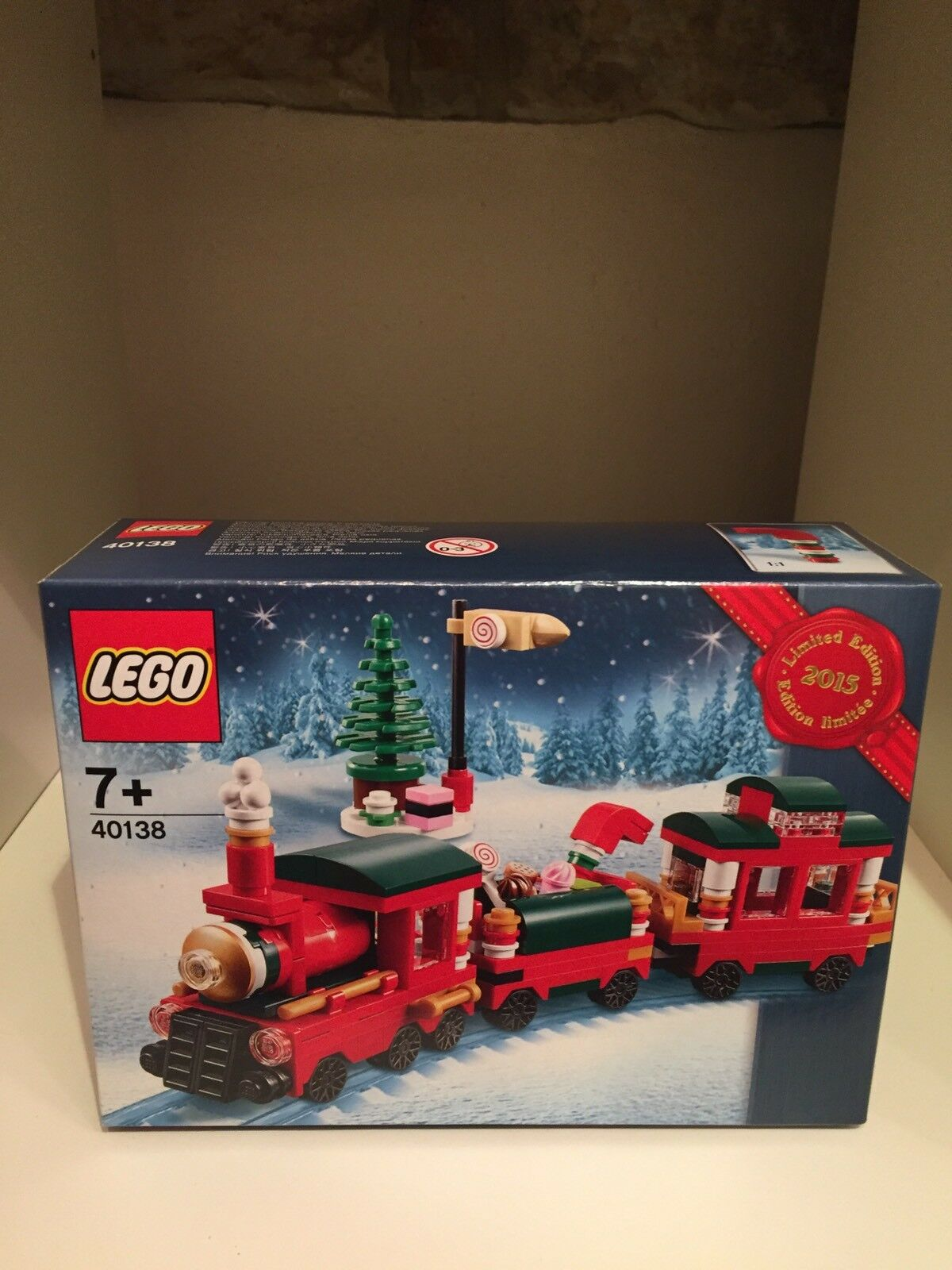 LEGO CHRISTMAS TRAIN 40138 LIMITED EDITION EXCLUSIVE HOLIDAY 2015 NEW SEALED