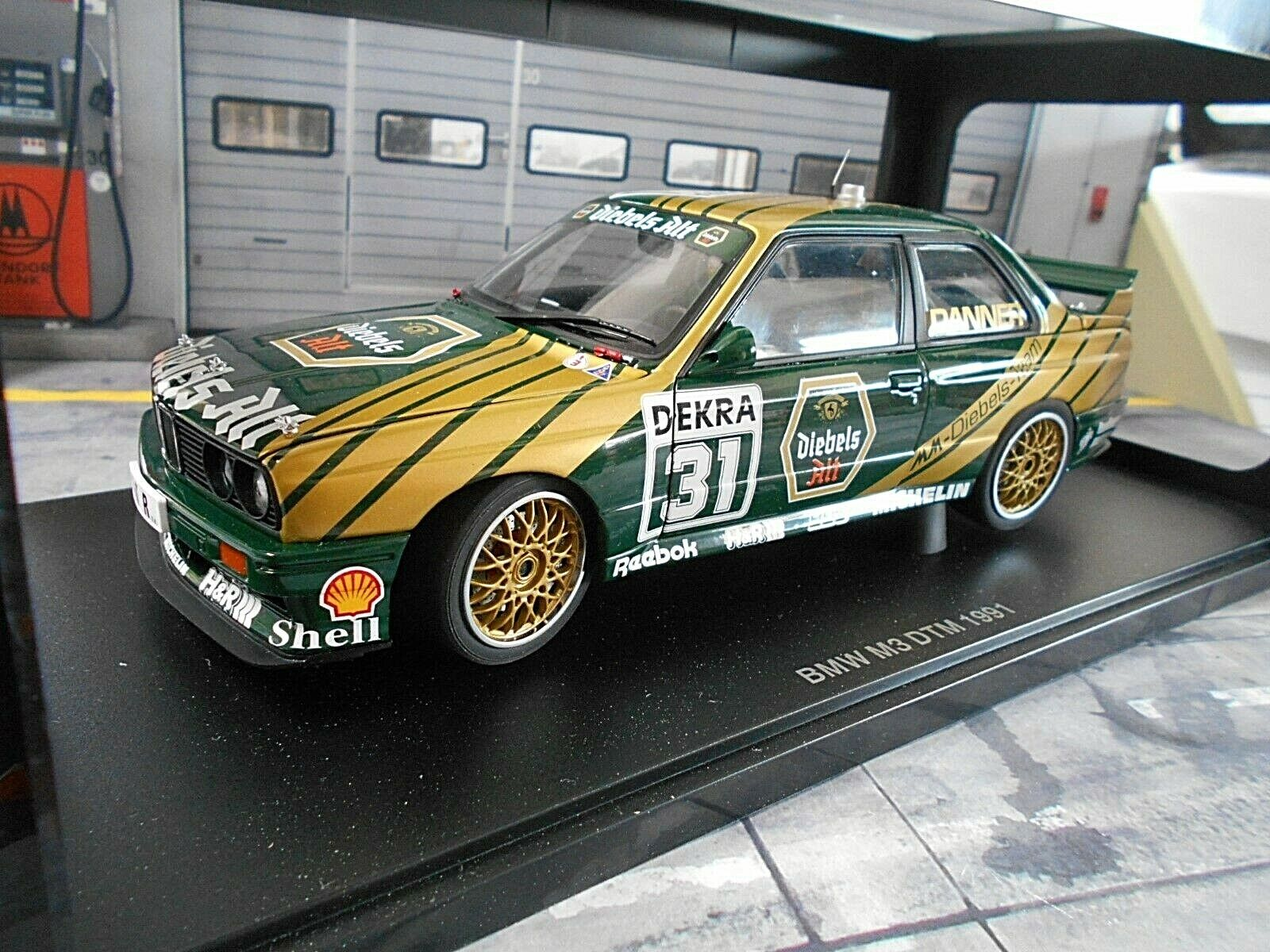 Bmw m3 3er e30 DTM 1991 danner Diebels Alt mm murmann rar Autoart 1 18
