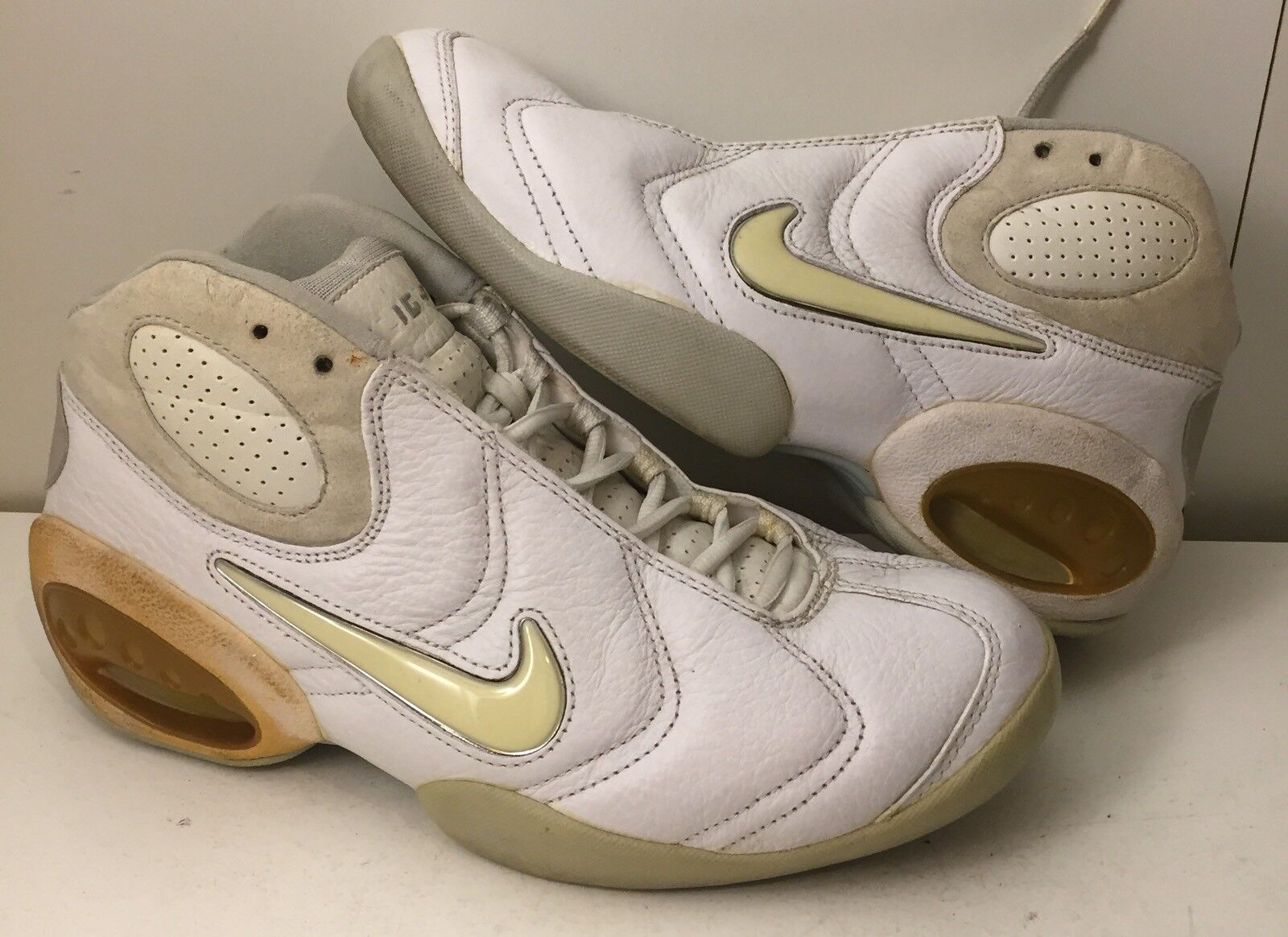 new product da605 6a6d1 Vintage 1999 Nike Air Flight Perception Basketball 1990s 830567 110 8  Schuhes SZ 8 110 a38acf