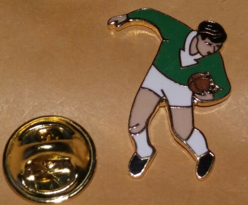 RUGBY LEAGUE UNION PLAYER  GREEN SHIRT LAPEL BADGE