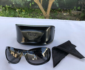 FENDI-Women-039-s-Black-Studded-Logo-Sunglasses-With-Case-amp-Cloth-Made-in-Italy