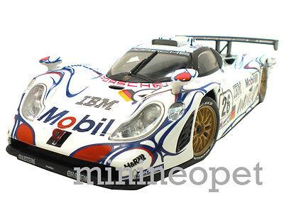 MAISTO GT RACING 38864 PORSCHE 911 GT1 LE MANS 1998 #26 1/18 DIECAST WHITE