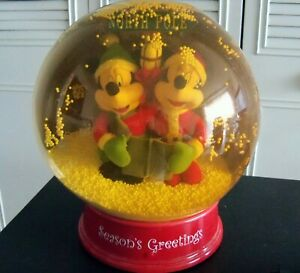 Rare Huge Animated Snow Globe Scene Mickey Minnie Mouse Lighted Snows Musical