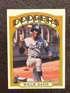 1972-Topps-Willie-Davis-Card-390-NM-MT-Los-Angeles-Dodgers