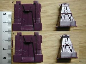 2-X-FORT-TOWER-CITY-MINIATURES-1-300-AGE-OF-CONAN-BOARDGME-PARTS-G88