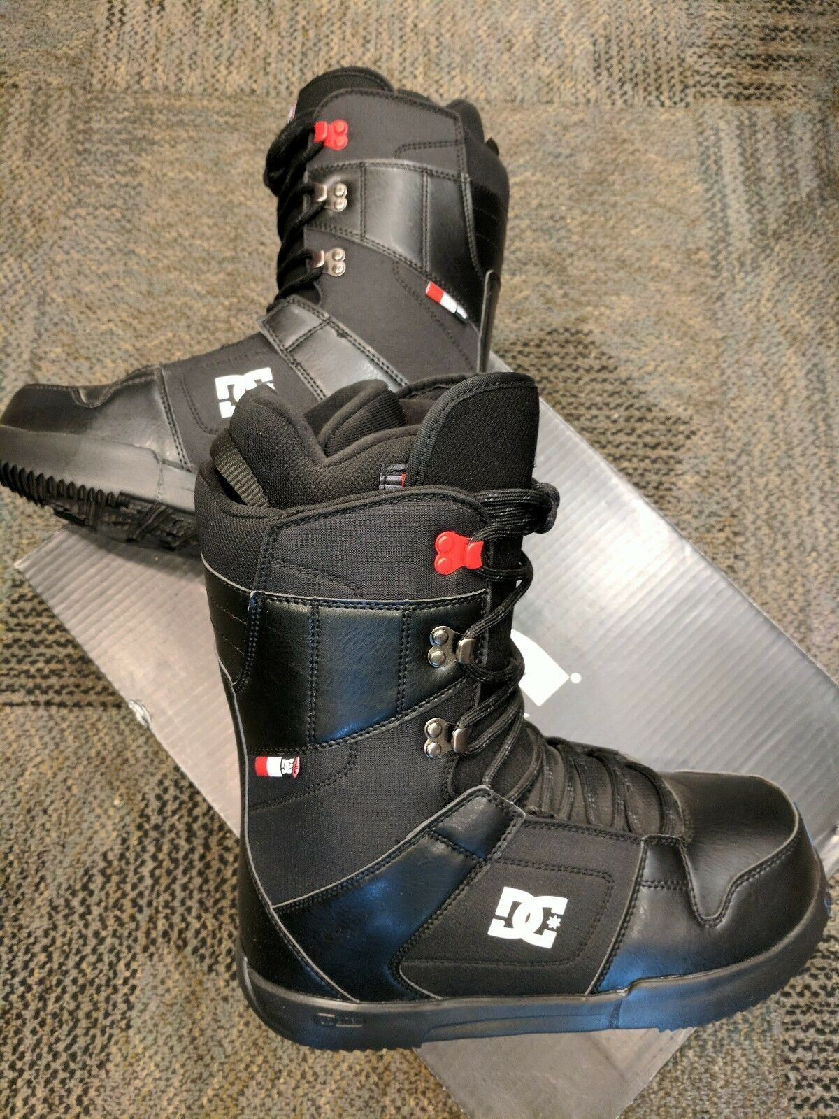 DC Phase  Men's Snowboard Boots NEW  more order